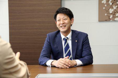 木貞 哲夫(Tetsuo Kisada)